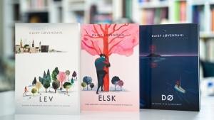 Trilogien LEV - ELSK - DØ af Daisy Løvendahl